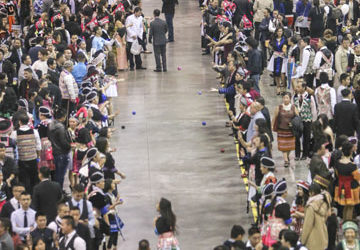 The Minnesota Hmong New Year Celebrates It's 40th Anniversary